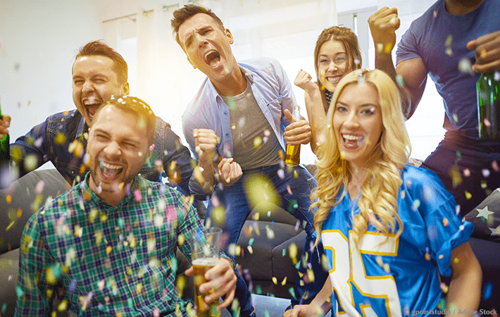 Does the thought of hosting a Super Bowl party overwhelm you? Learn how to host a stress-free Super Bowl party! Includes a quick and easy checklist, plus ideas for party favors, games, and snacks. #superbowl #party #stressless