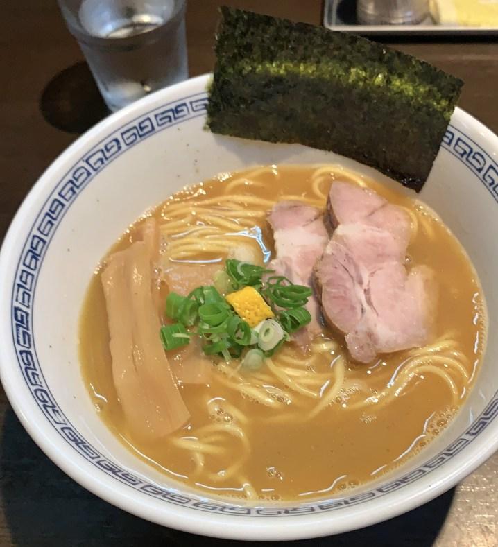 渋谷ラーメン「はやし」のラーメン