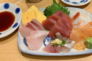三軒茶屋の「すし台所家」の刺身盛(特製)