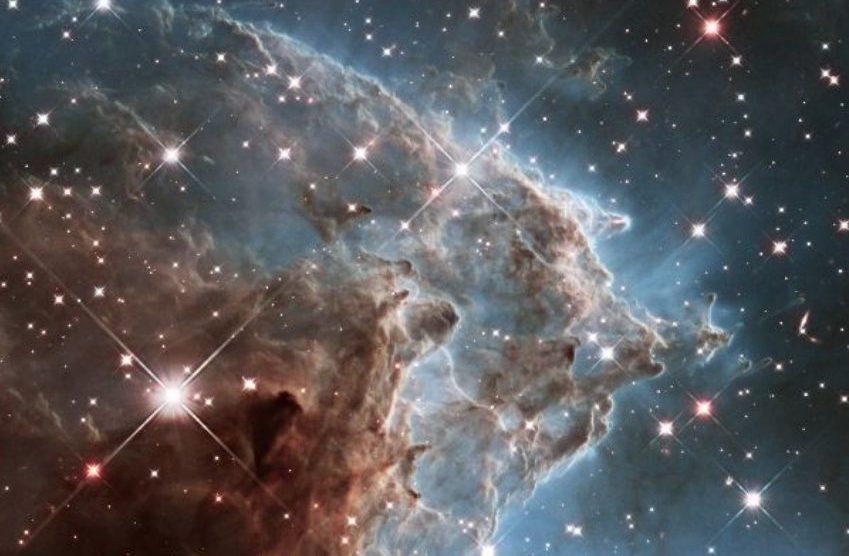 ESA libera imagem em aniversário do Hubble 6