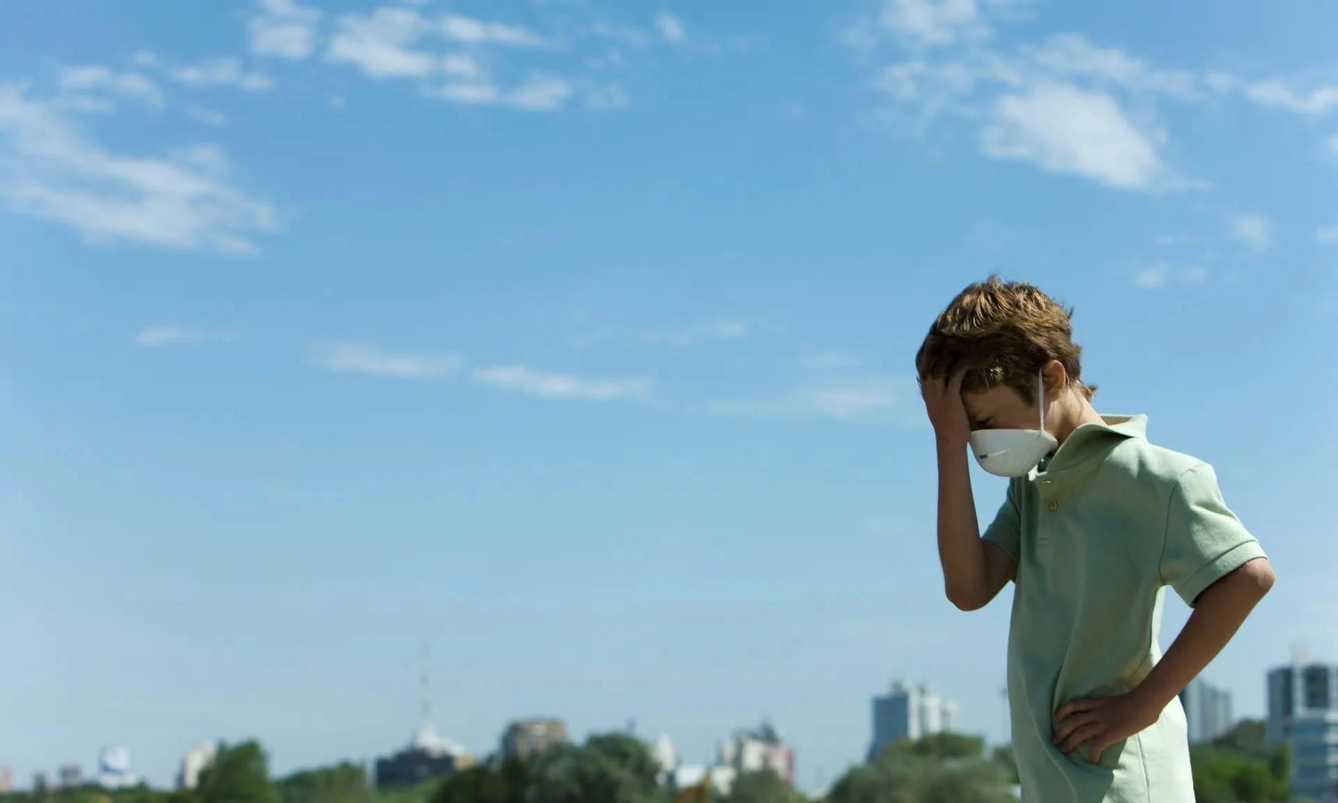 poluição criança - 1,7 milhões de crianças morrem anualmente por poluição do ar, da água e do seu celular
