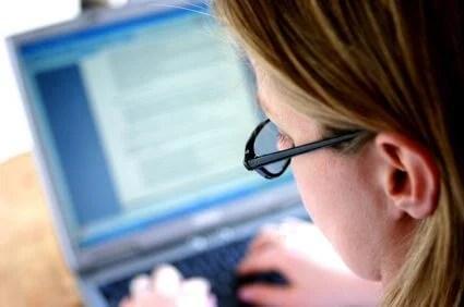 CVS computer vision syndrome - Proteja seus olhos contra a Síndrome da Visão do Usuário de Computador