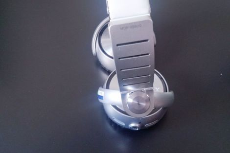 2013 08 16 14.06.26 - Review - Headphone Sony MDR-XB920