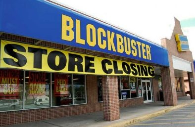 Captura de Tela 2013 11 13 às 21.31.18 - Fechamento de lojas da Blockbuster marca o fim de uma era