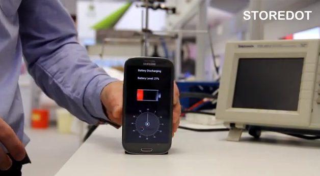 Carregue a bateria do smartphone em apenas 30 segundos / reprodução Storedot