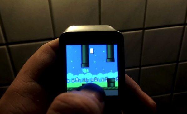 Primeiro jogo para o Android Wear é um clone do Flappy Bird 8