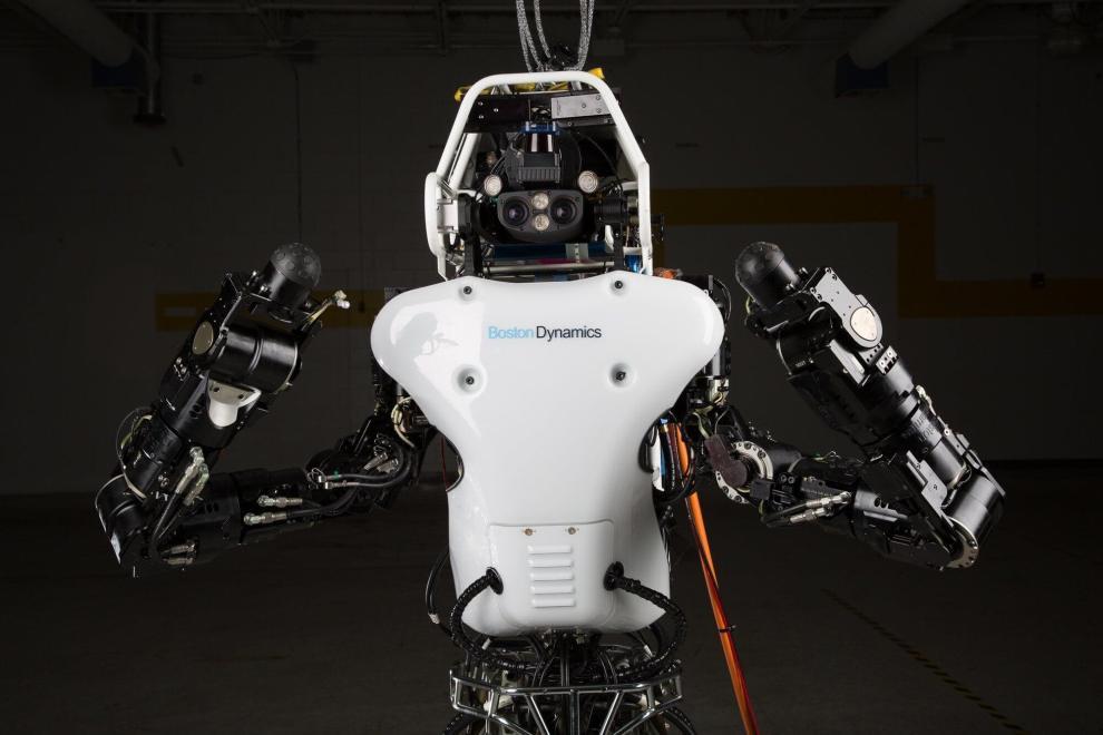 darpa atlas robot sheds its cables runs free video 470698 2 - Robô Atlas segue como predileto para o final do DARPA Robotics Challenge