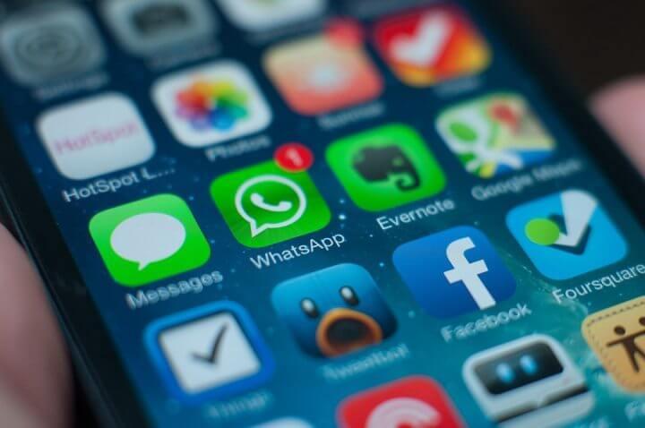 whatsappios - Contagem regressiva: WhatsApp derruba bloqueio e volta ao ar