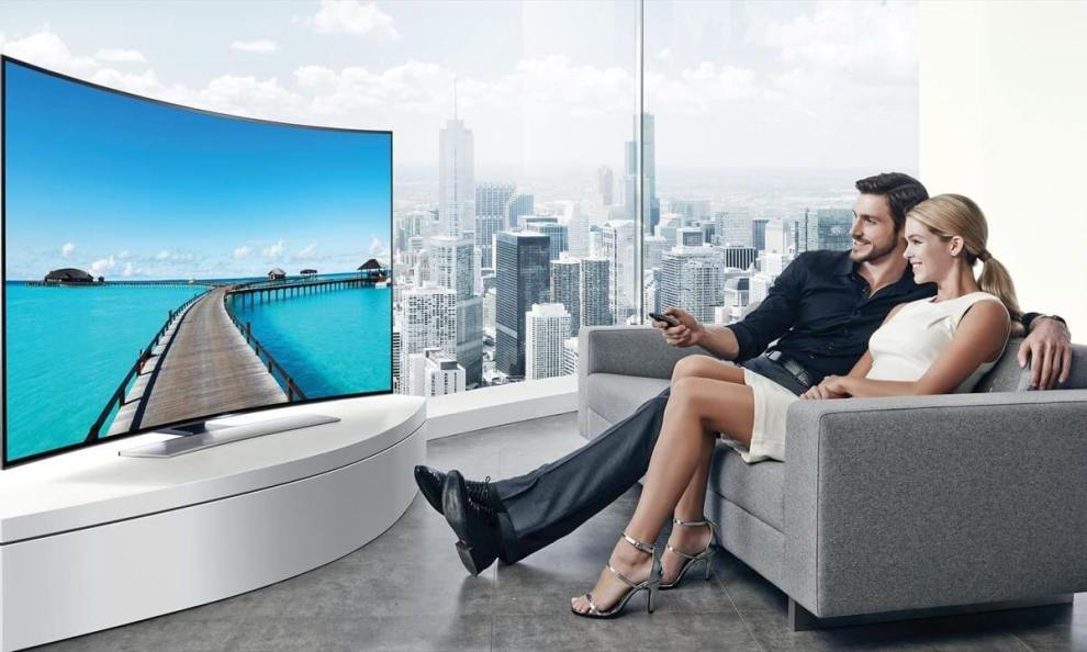smt curvedscreen capa3 - Curvas do desejo: Saiba se vale a pena comprar um TV de tela curva