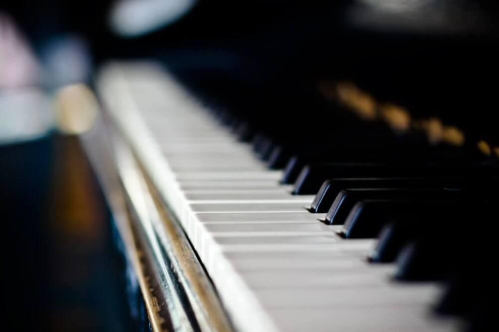 piano - Por que é impossível afinar um piano?