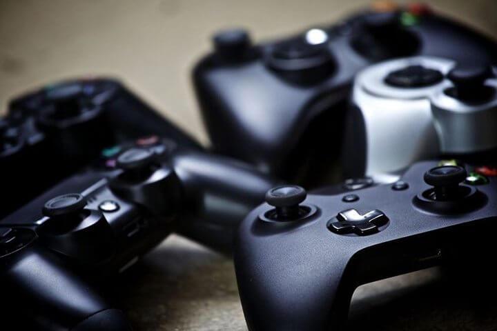 Microsoft liberou geral: usuários de Xbox One, PS4 e PC poderão jogar entre si 8
