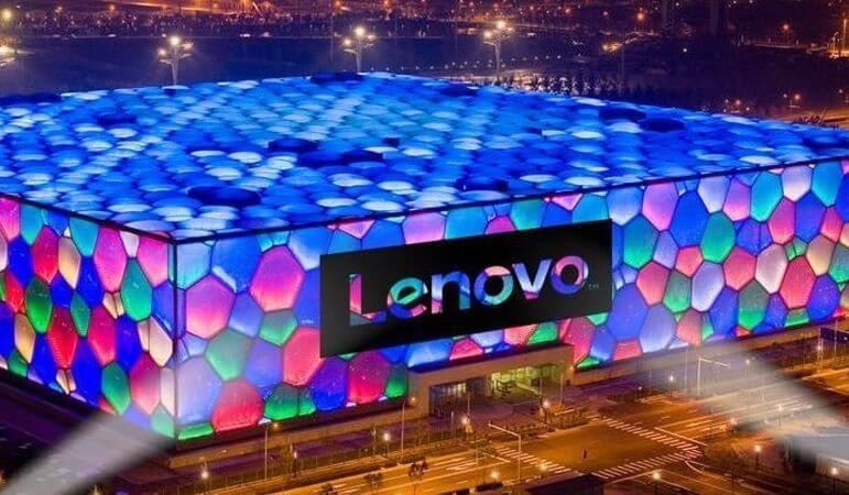 Lenovo considera o retorno do Moto Razr 4