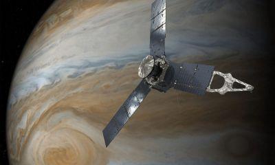 smt Juno capa2 - Sonda Juno entra com sucesso na órbita de Júpiter
