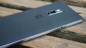 [Rumor] OnePlus 4 chegará com câmera dupla, construção em vidro e bateria gigante 14