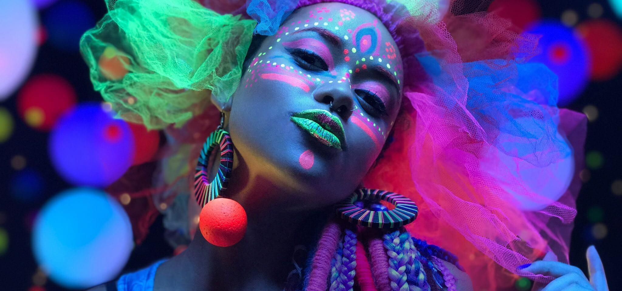 14 carnaval - Prepare o seu iPhone para o Carnaval com essa seleção exclusiva de conteúdo