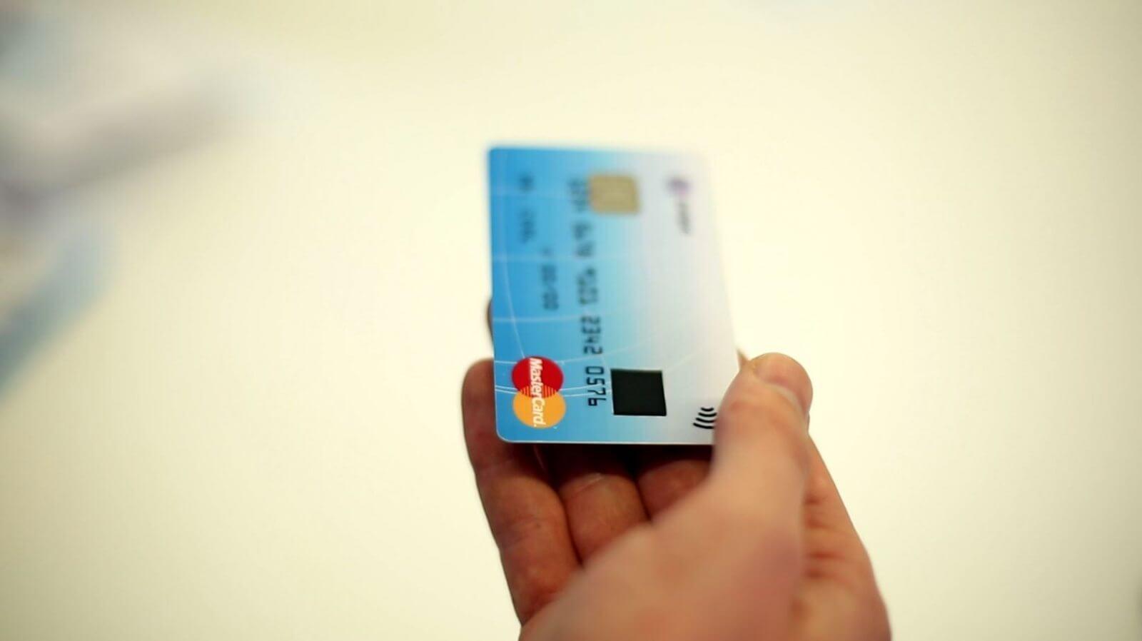 zwipe mastercard biometrics - Mastercard cria cartão de crédito com sensor de impressão digital