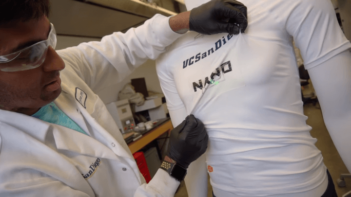 """strechableBattery 720x405 - Baterias """"esticáveis"""" são desenvolvidas para wearables auto-alimentados"""