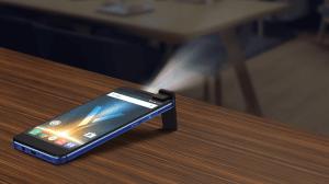 Quantum V, o smartphone com projetor a laser começa a ser distribuído 10
