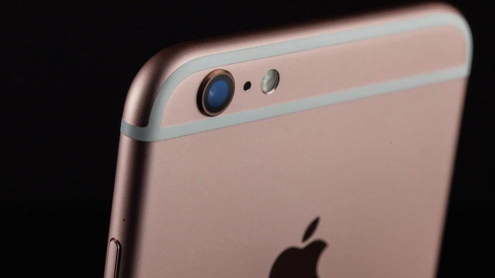 iPhones com bateria velha têm performance reduzida, confirma Apple 8
