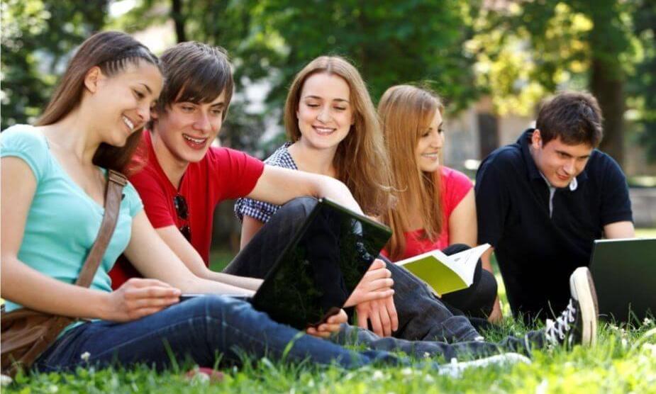 Confira os melhores programas grátis para estudantes 7