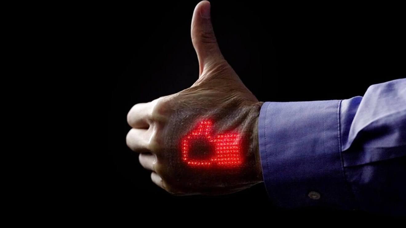 Pesquisadores desenvolvem pele eletrônica capaz de mostrar sinais vitais