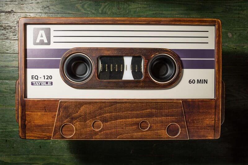 MM0 0556 57516d14e9d5d  880 - Ouça músicas MP3 com qualidade de fita cassete