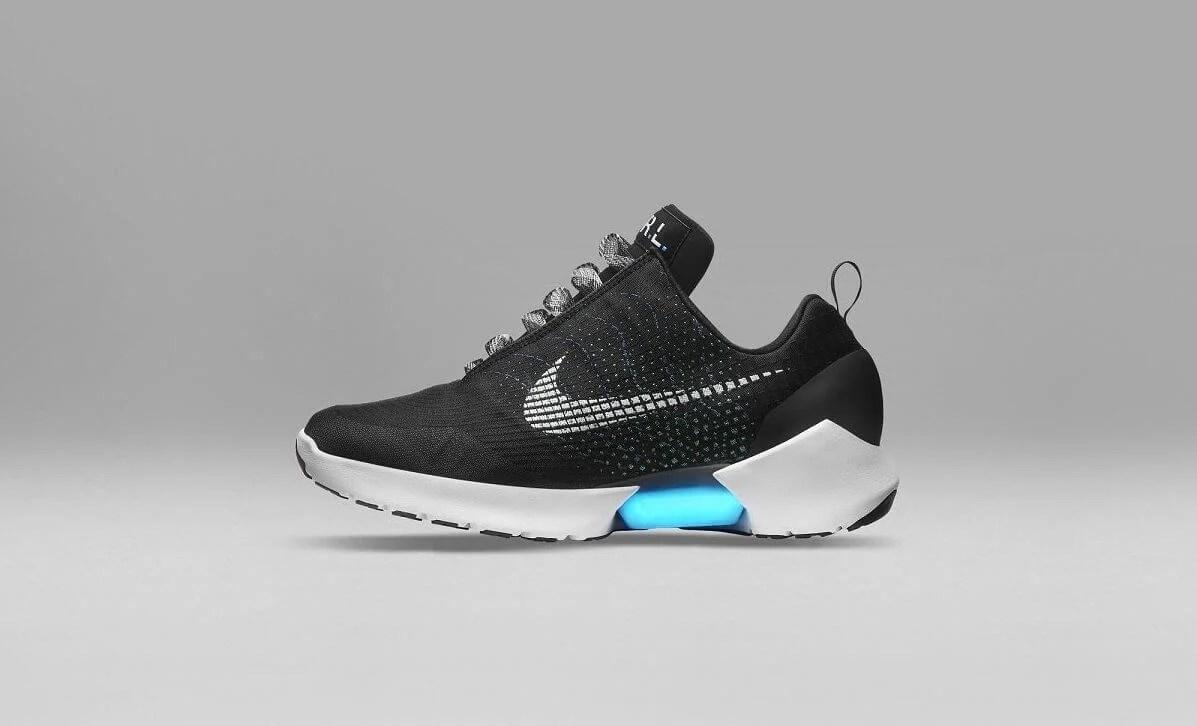 HYPERADAPT NIKE 2 e1526586288797 - Nike HyperAdapt 1.0, o tênis que se amarra sozinho, chegará ao Brasil ainda este mês