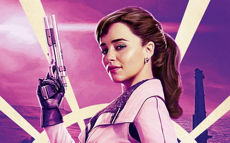 emilia clarke as qira in solo a star wars story 2 - Crítica: Han Solo: Uma História Star Wars é um filme nada obrigatório da franquia