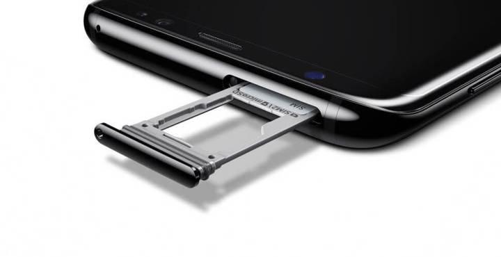 GALAXY S8 SD TRAY 720x370 - Memória cheia? Aprenda a se livrar deste problema no seu smartphone