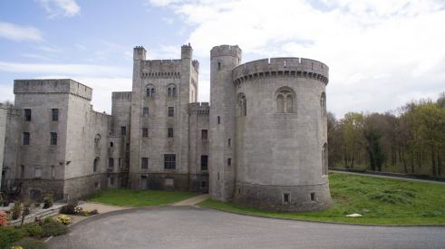 Game of thrones castle sale 1