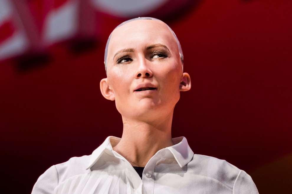 Robô Sophia é uma das palestrantes no LATAM Retail Show 5