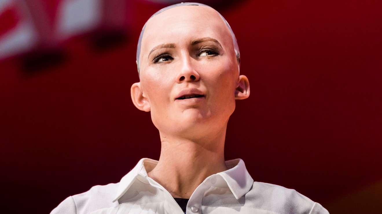 gettyimages 813069710 - Robô Sophia é uma das palestrantes no LATAM Retail Show