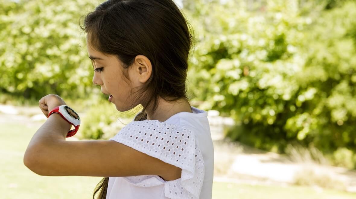 Relógio inteligente que possui o Snapdragon 2500, produzido para crianças, e fabricado pela Qualcomm