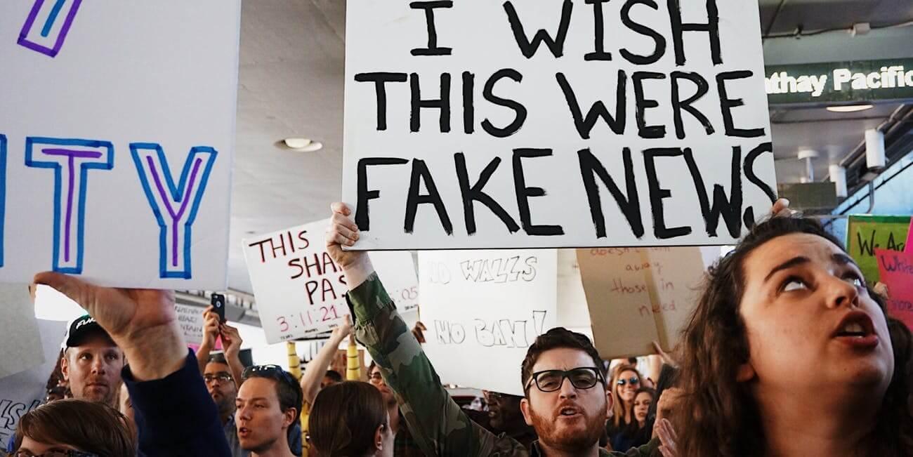 """As fake news são chamadas de """"pós-verdade"""""""