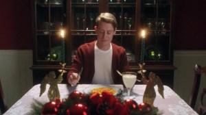 Macaulay Culkin e Google Assistente revivem cenas de Esqueceram de Mim 5