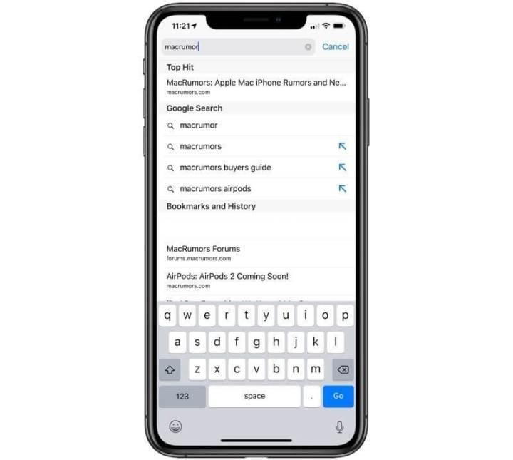 Setas para adicionar os termos sugeridos à barra de pesquisa no Safari