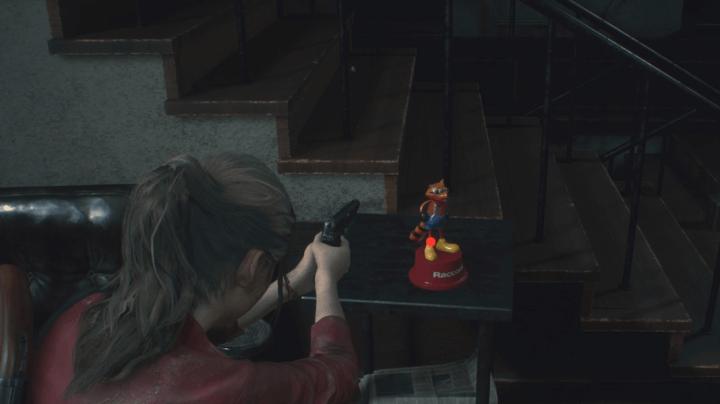 Caçar coletáveis ou ser caçado por criaturas horripilantes em Resident Evil 2? Eis a questão.