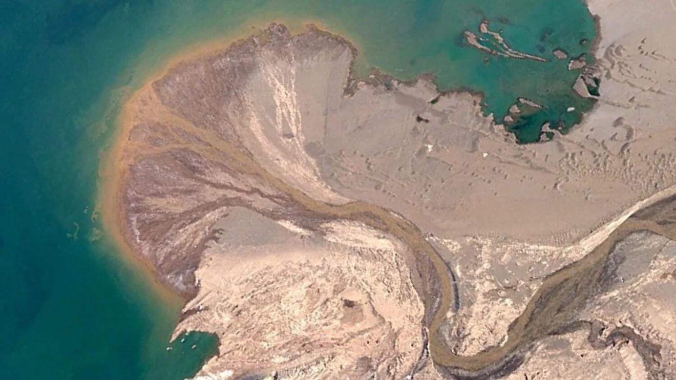 Álbum com imagens fascinantes do Google Earth se torna sensação viral na internet 5