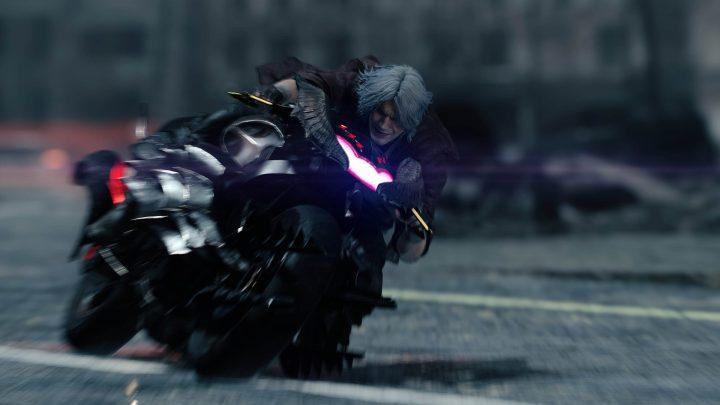A moto de Dante, uma nova arma que o mesmo consegue durante o Devil May Cry 5.