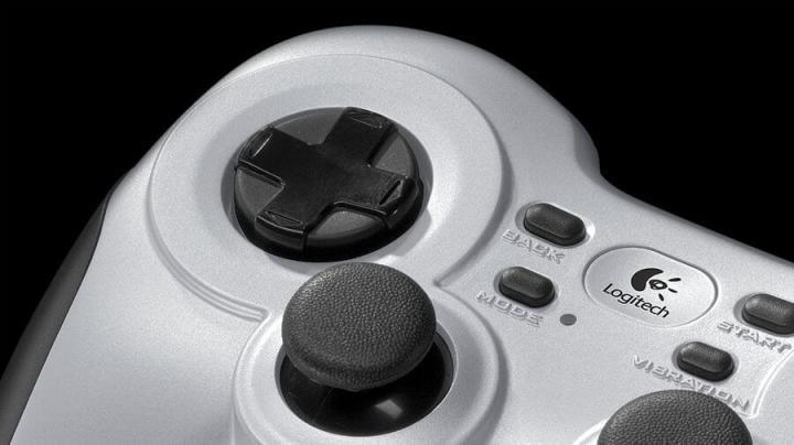 Review: logitech gamepad f710 é o controle que o jogador casual procura. Logitech gamepad f710 é um ótimo controle sem fio com boa construção e preço alto