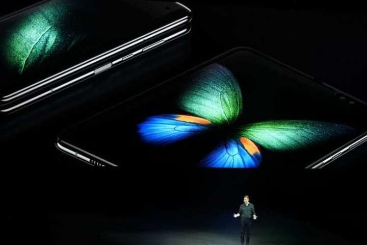 Empresas estão vendendo o conceito do smartphone dobrável