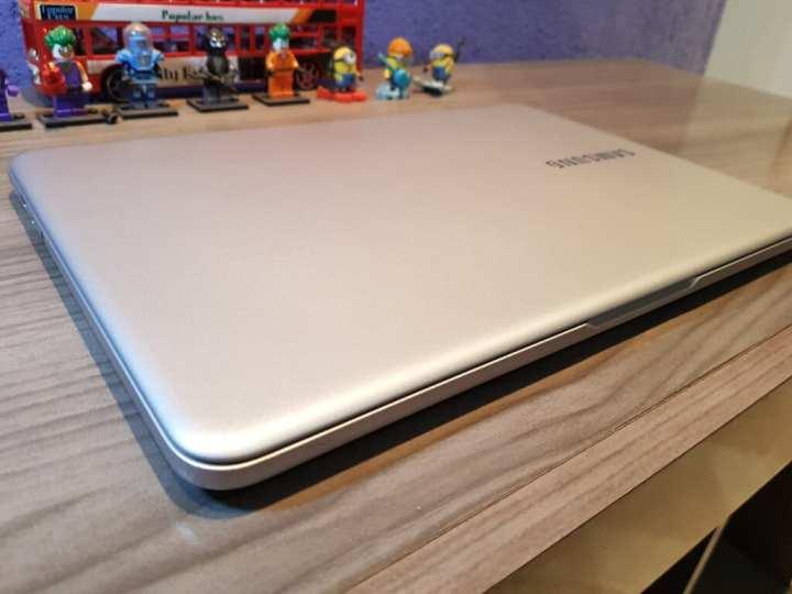 Samsung Style S51 novo notebook premium da Samsung