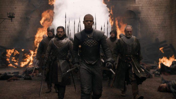 Jon Snow, Verme Cinzento e Sor Davos na batalha em Porto Real.