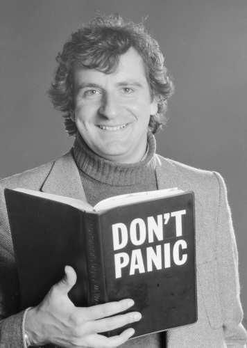 Douglas Adams autor de ficção científica