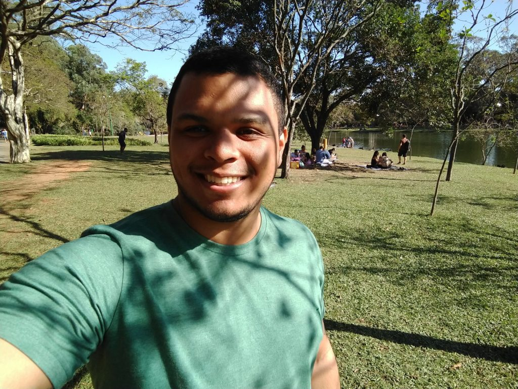 Selfie tirada pelo Motorola Moto Z3 Play