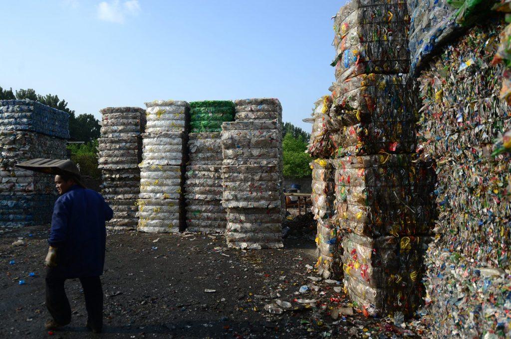 Florianópolis trabalha para se tornar a primeira cidade Lixo Zero do Brasil. (Imagem: Imaginechina, AP Images)