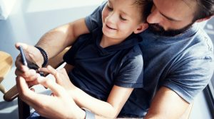 Separamos as melhores ofertas para você que é pai presentear seu filho neste Dia das Crianças