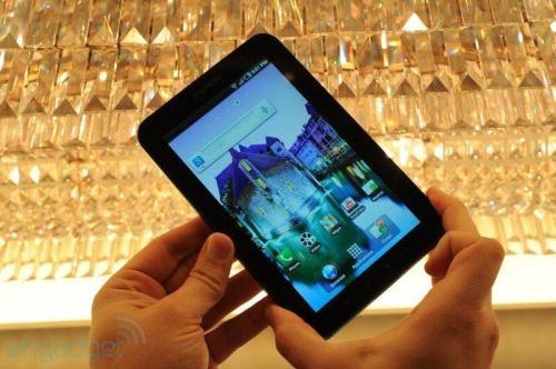 samsung galaxy tab hands on 01 500x332 - Review: Samsung Galaxy TAB