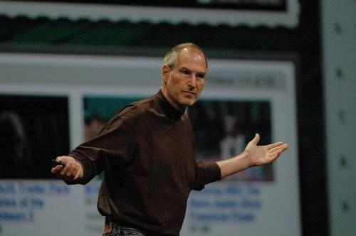 jobs wwdc 07 500x332 - Steve Jobs apresentará iOS 5, Mac OS X Lion e iCloud na próxima semana