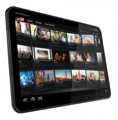 Motorola Xoom 550x557 493x500 - Motorola XOOM: nova atualização da ROM Tiamat 2.2 (Android Honeycomb 3.2.2)